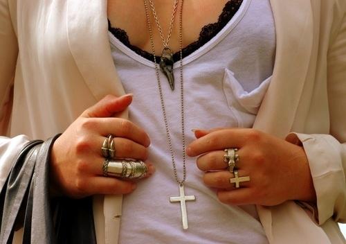 acccesoriosbeauty-cross-fashion-girl-pretty-rings-Favim.com-57422_large